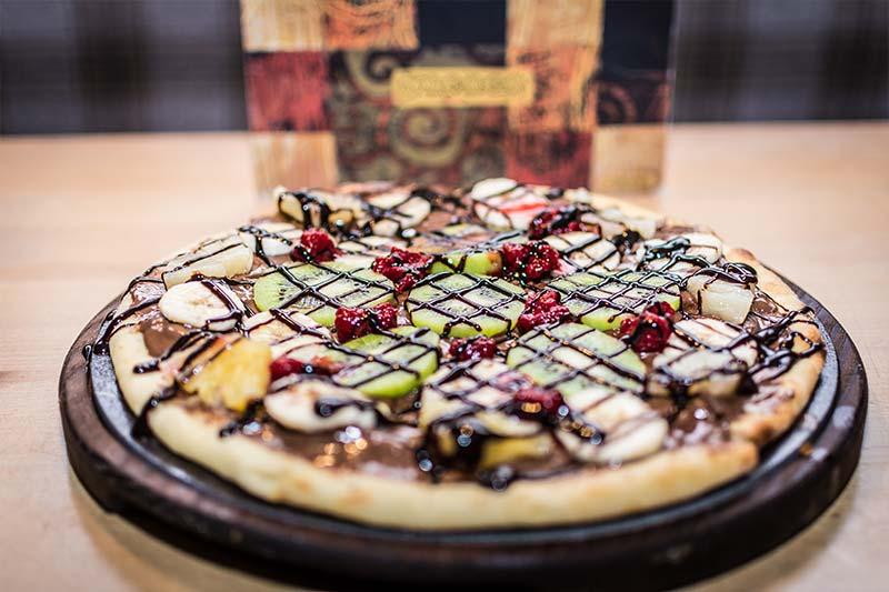 Schoko Pizza Lässt Alle Dahinschmelzen